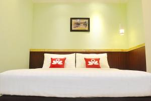 ZEN Rooms KH Mas Mansyur, Hotely  Surabaya - big - 18