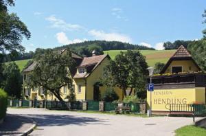 Pension Hendling