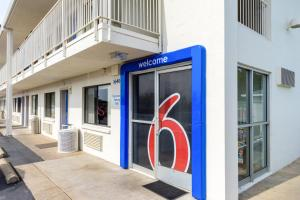 obrázek - Motel 6 Redding Central