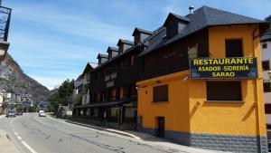 Hotel Sarao, Hotel  Escarrilla - big - 51