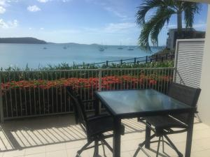 Absolute Waterfront 1 Bedroom Apartment - Airlie Beach, Queensland, Australia