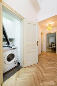 EMPIRENT Grand Central Apartments, Apartmanok  Prága - big - 73
