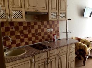 Apartment On Solovyova, Apartmány  Hurzuf - big - 8