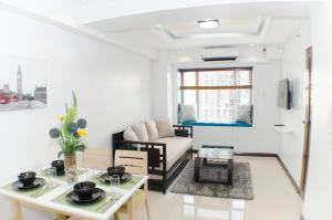 برايت ون بيد رووم أبارتمينت نيكست تو غرينبلت (Bright One-Bedroom Apartment Next To Greenbelt)