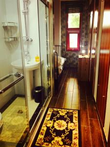 Deluxe Single Room with Shared Toliet You Yuan Inn