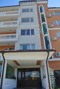 Tara Sea Diamond Apartment