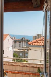 Apartment Top