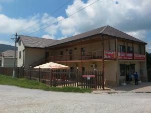 Guest House on Ulitsa Mira