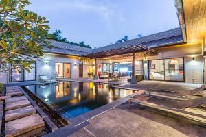 นิว โมเดิล พูล วิลล่า (New Modern Pool Villa)