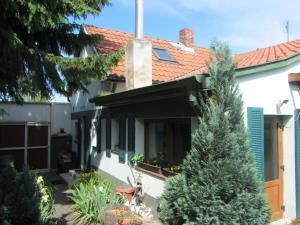 House Agnesa