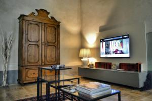 Roncioni Palace - Soggiorno Adriana