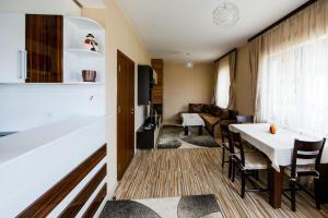 Villas Sunny Paradise, Affittacamere  Marchevo - big - 45