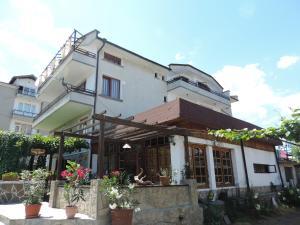 Guest House Bakish Obzor