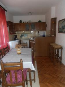 Apartment Marijana, Apartments  Novi Vinodolski - big - 3