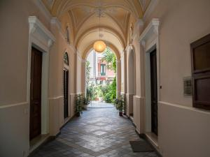 La Dimora Del Marchese, Bed and Breakfasts  Catania - big - 32