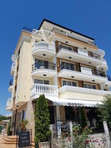 Family Hotel Provence, Hotely  Aheloy - big - 34