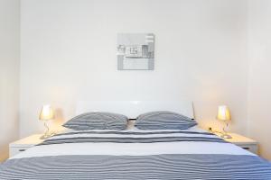 Holiday Home Iris, Apartments  Marina - big - 18