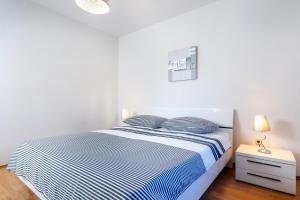 Holiday Home Iris, Apartments  Marina - big - 3