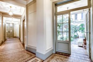 Upper Class Suite - rue Saint Honoré 4
