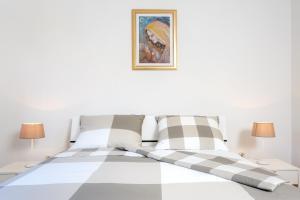 Holiday Home Iris, Apartments  Marina - big - 5