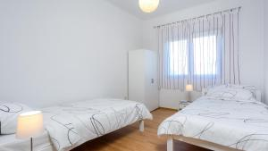 Holiday Home Iris, Apartments  Marina - big - 23