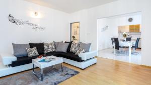 Holiday Home Iris, Apartments  Marina - big - 14