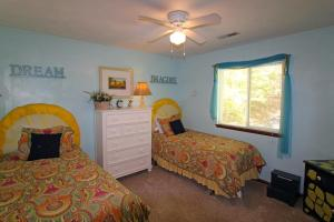 Lemon Zest, Дома для отпуска  Westlake Corner - big - 14