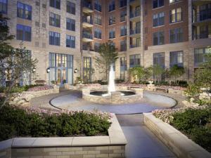 Luxury Apartments at Gramercy at Metropolitan Park
