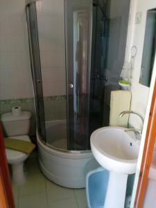 Guest House on Centralnaya 16, Penziony  Vityazevo - big - 8