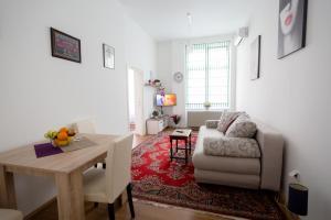 Sunny City apartment