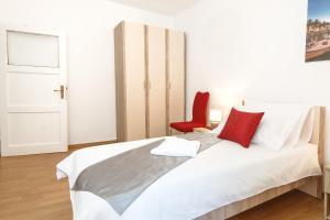 Apartment Petrangela