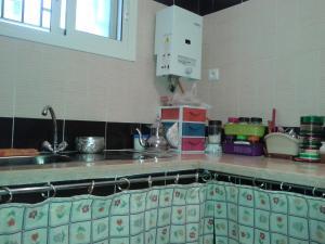 Appartement Résidence Al Gharsa, Apartmány  Martil - big - 9