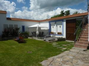 Brusna Farmhouse, Country houses  Lhenice - big - 13