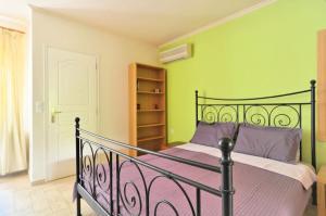 Kosta's Family House, Ferienwohnungen  Athen - big - 4