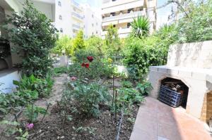 Kosta's Family House, Ferienwohnungen  Athen - big - 22
