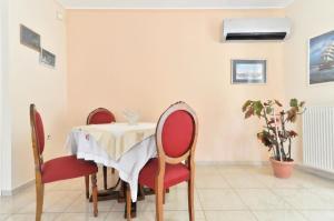 Kosta's Family House, Ferienwohnungen  Athen - big - 30