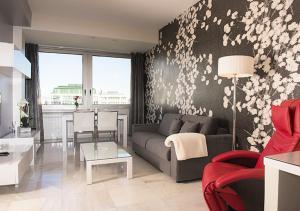 Apartamentos Madrid Plaza