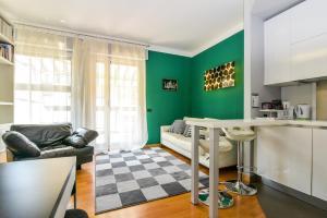 Vitruvio Terrace Apartment
