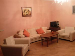 Badger Hospitality - Villa Kilikia, Vily  Jerevan - big - 2