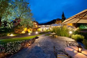 Nearby hotel : La Meridiana Relais & Chateaux