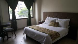 Медельин - Hotel Prince Plaza