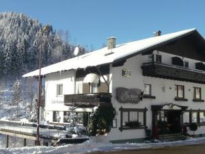 Landhaus Eickler, Hotels  Baiersbronn - big - 7