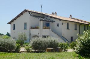 Casa le Monache, Hétvégi házak  Montecastrilli - big - 29