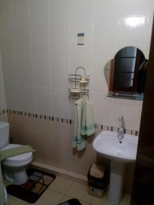 Guest House on Centralnaya 16, Penziony  Vityazevo - big - 6