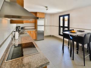 Apartment Ed. Corona, Appartamenti  Marbella - big - 8