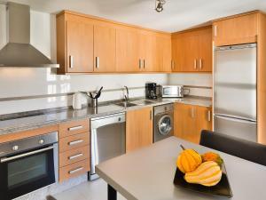 Apartment Ed. Corona, Appartamenti  Marbella - big - 3