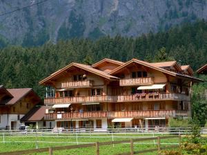 Kandersteg Hotels