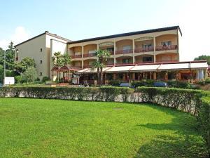 Parcolago 2