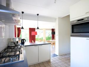 Holiday Home GB20, Holiday homes  Beekbergen - big - 2