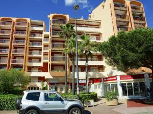 Apartment Le Capitole.5, Apartmány  Fréjus - big - 4